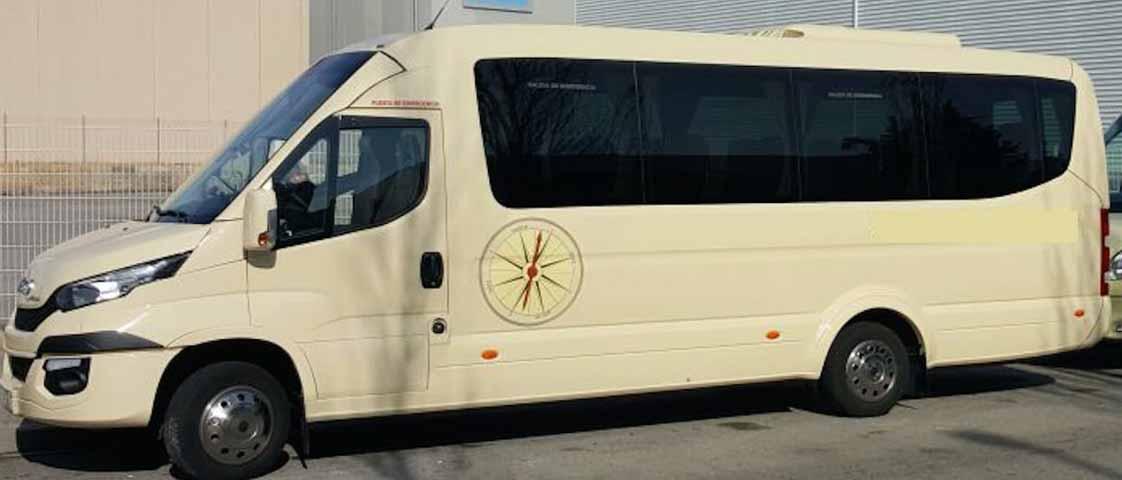 Minibús 28 plazas