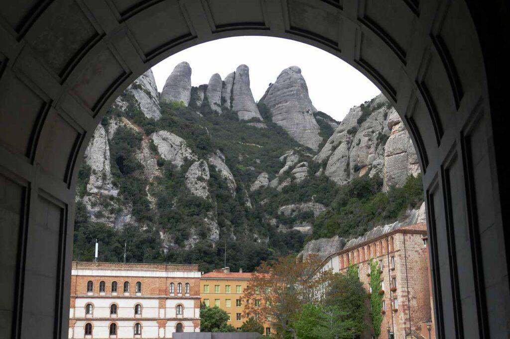 Transfers Barcelona Montserrat
